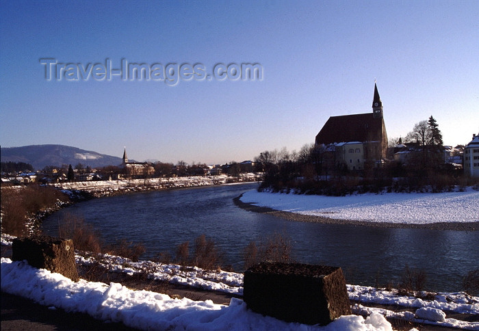 germany134: Germany - Bavaria - Laufen, Landkreis Berchtesgadener Land, Upper Bavaria: winter on the Salzach river - photo by F.Rigaud - (c) Travel-Images.com - Stock Photography agency - Image Bank
