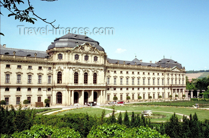 germany138: Germany - Bavaria - Würzburg - Lower Franconia / Unterfranken: the Residence - UNESCO World Heritage Listed - was created under the patronage of the prince-bishops Lothar Franz and Friedrich Carl von Schönborn - architect: Balthasar Neumann - photo by R.Eime - (c) Travel-Images.com - Stock Photography agency - Image Bank