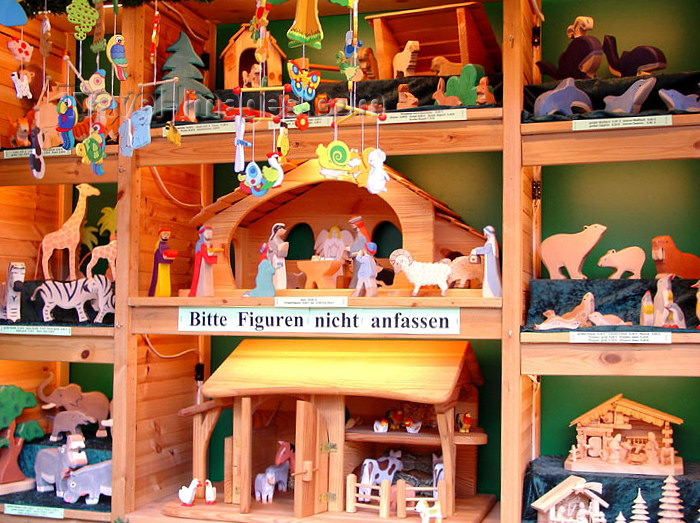 germany155: Germany / Deutschland -  Leipzig (Saxony / Sachsen): Christkindlmarkt - Leipziger Christmas Market (photo by G.Frysinger) - (c) Travel-Images.com - Stock Photography agency - Image Bank