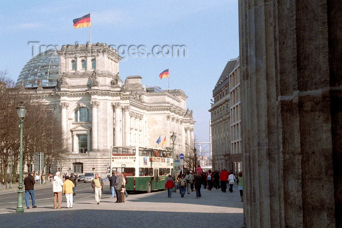 germany187: Germany / Deutschland - Berlin: Reichstag - parliament - Reichstagsgebäude - photo by M.Bergsma - (c) Travel-Images.com - Stock Photography agency - Image Bank