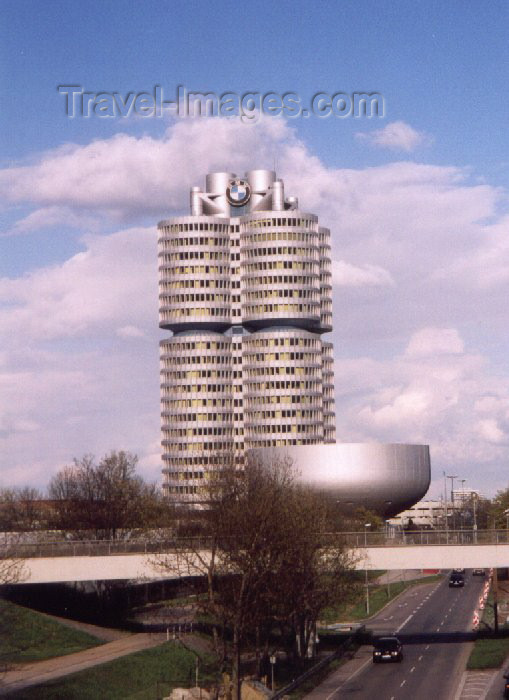 germany19: Germany - Bavaria - Munich / München: BMW's four-cylinder high rise building and BMW museum - architect: Karl Schwanzer - photo by M.Torres - (c) Travel-Images.com - Stock Photography agency - Image Bank