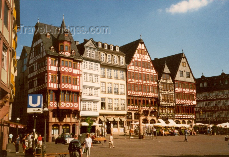 germany2: Germany / Deutschland - Frankfurt am Main (Hessen): Römerberg- east side - these six buildings were rebuilt in the 1980s, having been destroyed by American bombs - photo by M.Torres - (c) Travel-Images.com - Stock Photography agency - Image Bank
