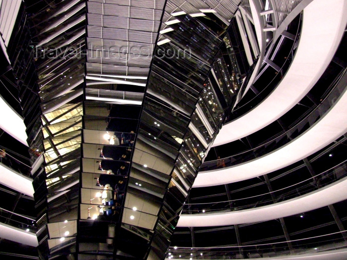 germany223: Germany / Deutschland - Berlin: the Reichstag - inside the glass dome designed by Sir Norman Foster - parliament - photo by M.Bergsma - (c) Travel-Images.com - Stock Photography agency - Image Bank