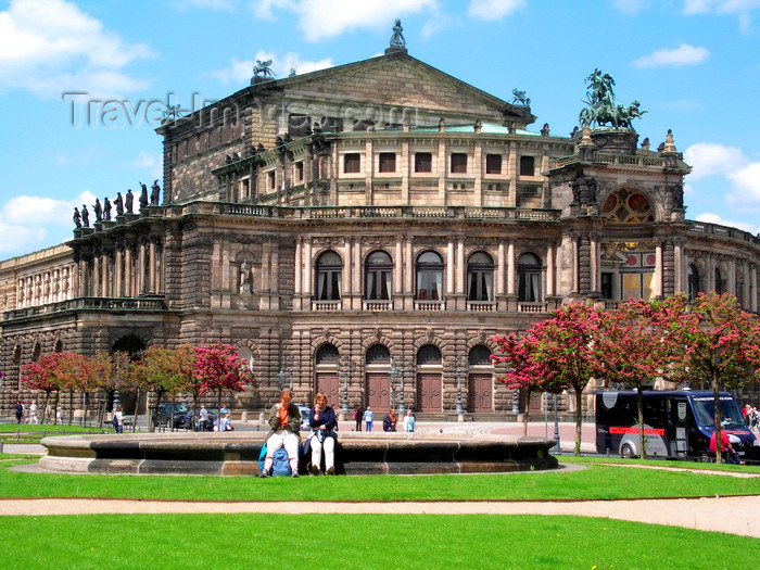 germany293: Dresden, Saxony / Sachsen, Germany / Deutschland: Semper Opera House, home of the Saxon State Opera - Theater Square - people sitting on a fountain - photo by E.Keren - (c) Travel-Images.com - Stock Photography agency - Image Bank