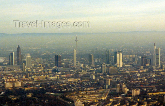germany3: Germany / Deutschland - Frankfurt am Main (Hessen): aus der luft - aerial view - Messeturm on the right - photo by M.Torres - (c) Travel-Images.com - Stock Photography agency - Image Bank