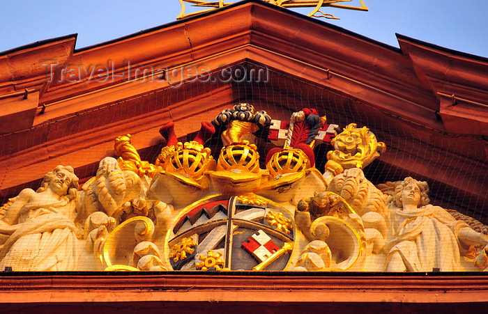 germany352: Würzburg, Lower Franconia, Bavaria, Germany: Neumünster basilica - Baroque pediment with coat of arms - photo by M.Torres - (c) Travel-Images.com - Stock Photography agency - Image Bank