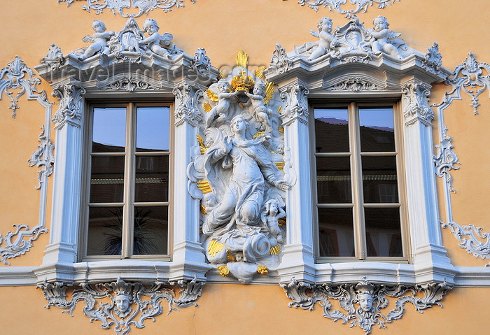germany353: Würzburg, Lower Franconia, Bavaria, Germany: Falkenhaus - windows with Rococo stucco work - Marienplatz - photo by M.Torres - (c) Travel-Images.com - Stock Photography agency - Image Bank
