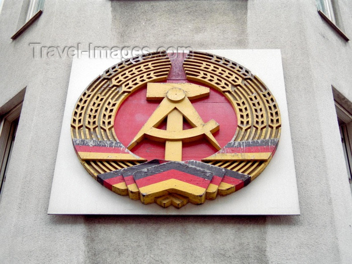 germany93: Germany / Deutschland - Berlin: Checkpoint Charlie - GDR / DDR coat of arms - photo by M.Bergsma - (c) Travel-Images.com - Stock Photography agency - Image Bank