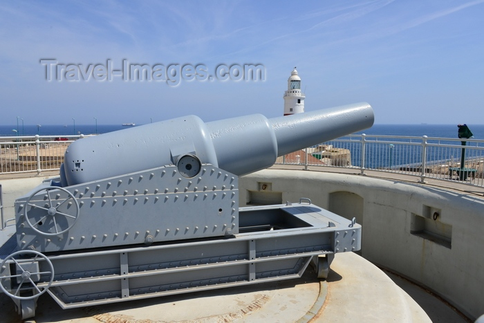 gibraltar24: Gibraltar: top of the rock (photo by M.Bergsma) - (c) Travel-Images.com - Stock Photography agency - the Global Image Bank