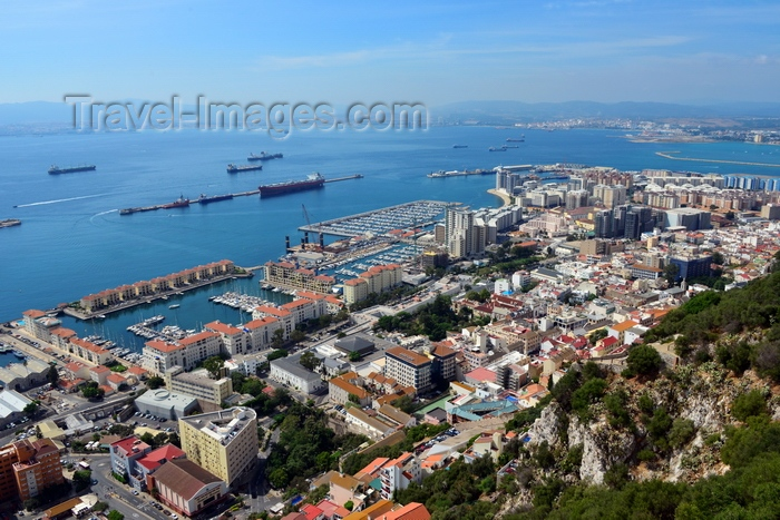 gibraltar40: Gibraltar: town and waterfront along Queensway street -  photo by M.Torres - (c) Travel-Images.com - Stock Photography agency - Image Bank