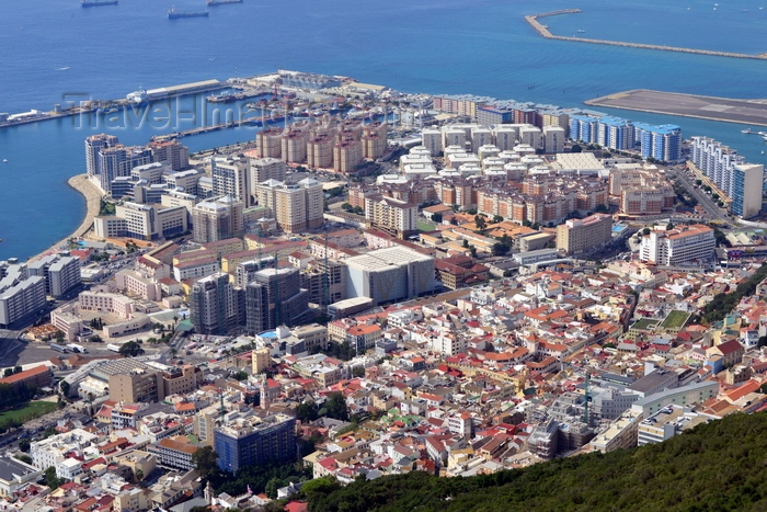 gibraltar54: Gibraltar: old town and the reclamation areas - Bay of Algeciras - photo by M.Torres - (c) Travel-Images.com - Stock Photography agency - Image Bank