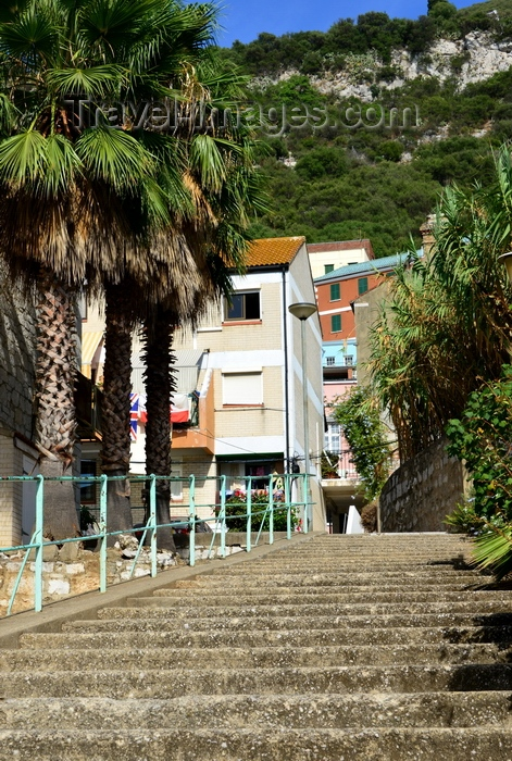 gibraltar67: Gibraltar: stairs to the upper town - photo by M.Torres - (c) Travel-Images.com - Stock Photography agency - Image Bank