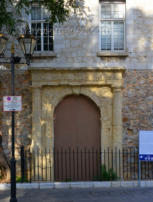 gibraltar97: Gibraltar: St. Jago's Arch, part of a 16th-century Spanish church, Main Street - photo by M.Torres - (c) Travel-Images.com - Stock Photography agency - Image Bank