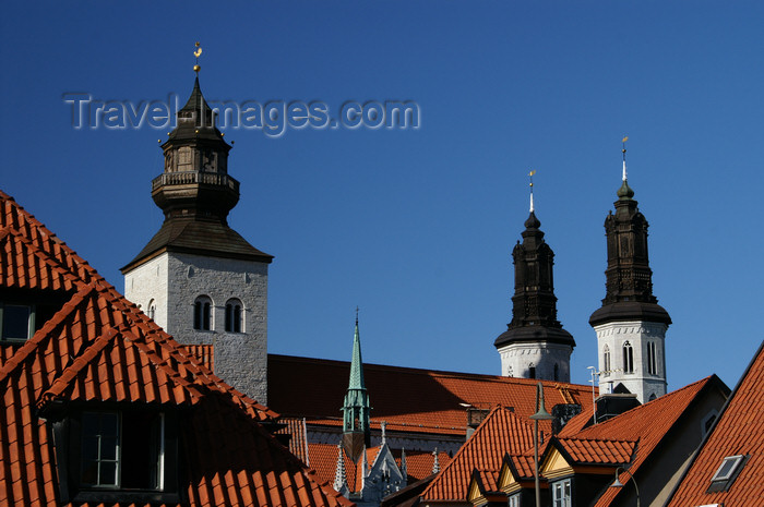 gotland100: Gotland - Visby: roof and towers of Sankta Maria Cathedral - photo by A.Ferrari - (c) Travel-Images.com - Stock Photography agency - Image Bank