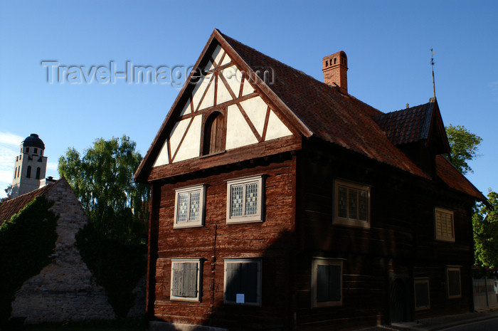 gotland101: Gotland - Visby: old house near Almedalen - gable - photo by A.Ferrari - (c) Travel-Images.com - Stock Photography agency - Image Bank