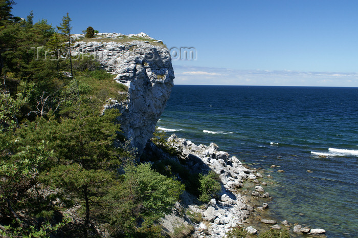 gotland107: Gotland island - Lickershamn: view over the Baltic sea, from the Jungfruklint - Östersjön - Baltiska havet - Baltiska sjön - photo by A.Ferrari - (c) Travel-Images.com - Stock Photography agency - Image Bank