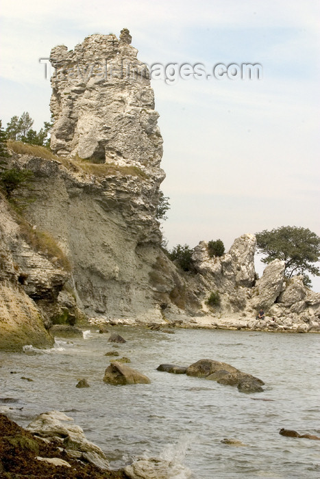 gotland2: Sweden - Gotland island / Gotlands län - Jungfrun klint: coastal rock formation - Klintkusten - coastal limestone stack - Baltic coast - photo by C.Schmidt - (c) Travel-Images.com - Stock Photography agency - Image Bank