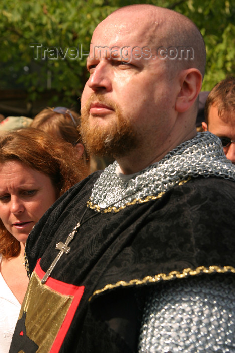 gotland32: Sweden - Gotland island / Gotlands län - Visby: Viking warrior - medieval week - photo by C.Schmidt - (c) Travel-Images.com - Stock Photography agency - Image Bank