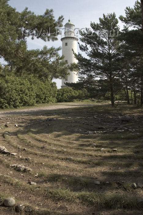 gotland4: Sweden - Gotland island / Gotlands län - Fårö island: labyrinth and lighthouse on the NE tip of the island - photo by C.Schmidt - (c) Travel-Images.com - Stock Photography agency - Image Bank