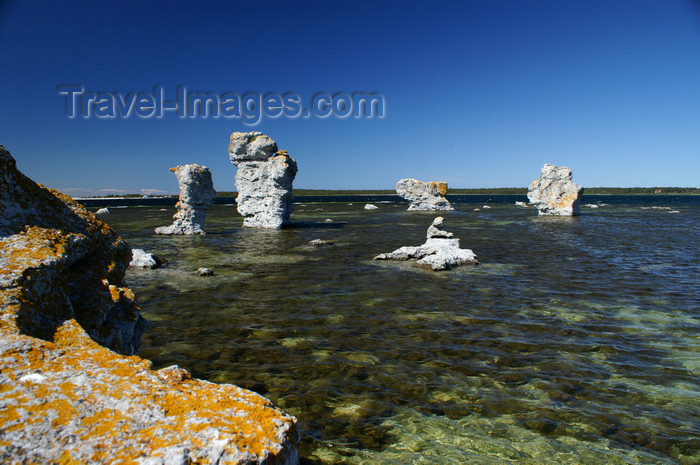 gotland57: Fårö island, Gotland, Sweden - Lauterhorn - Gamle Hamn: 'Raukar' rock formations - summer in the Baltic - photo by A.Ferrari - (c) Travel-Images.com - Stock Photography agency - Image Bank