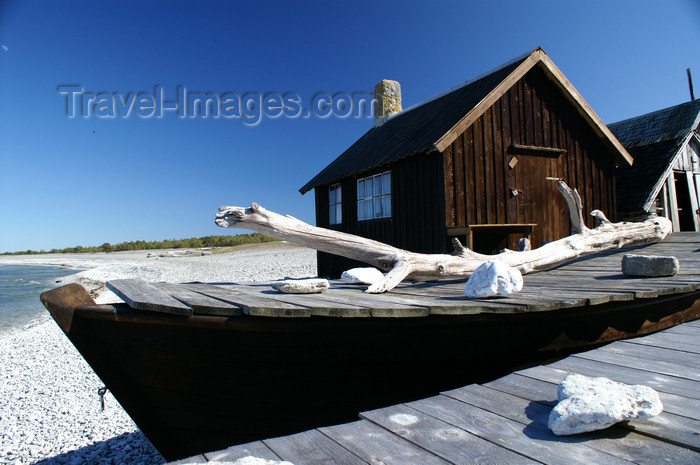 gotland64: Fårö island, Gotland, Sweden: boat - old fishing village near Digerhuvud  - photo by A.Ferrari - (c) Travel-Images.com - Stock Photography agency - Image Bank