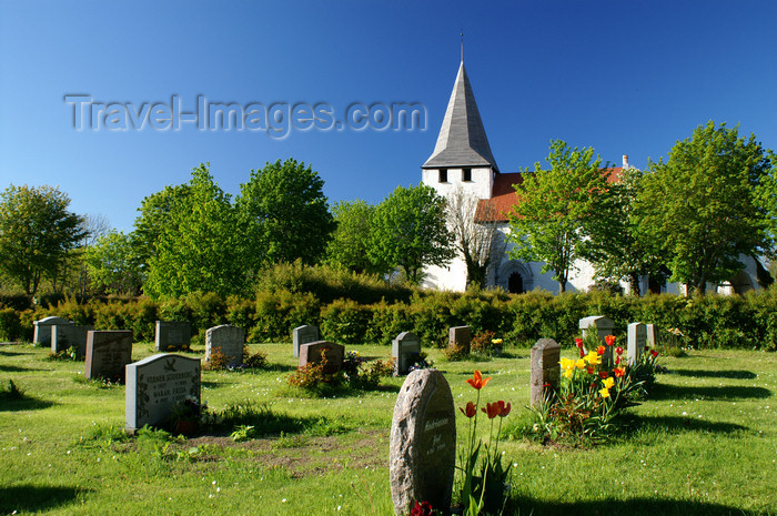 gotland71: Fårö island, Gotland, Sweden: cemetery and church - photo by A.Ferrari - (c) Travel-Images.com - Stock Photography agency - Image Bank