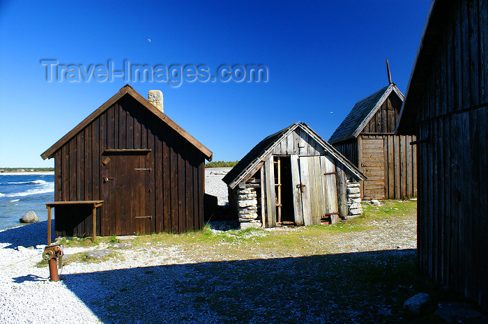 gotland74: Fårö island, Gotland, Sweden: old timber cabins - photo by A.Ferrari - (c) Travel-Images.com - Stock Photography agency - Image Bank