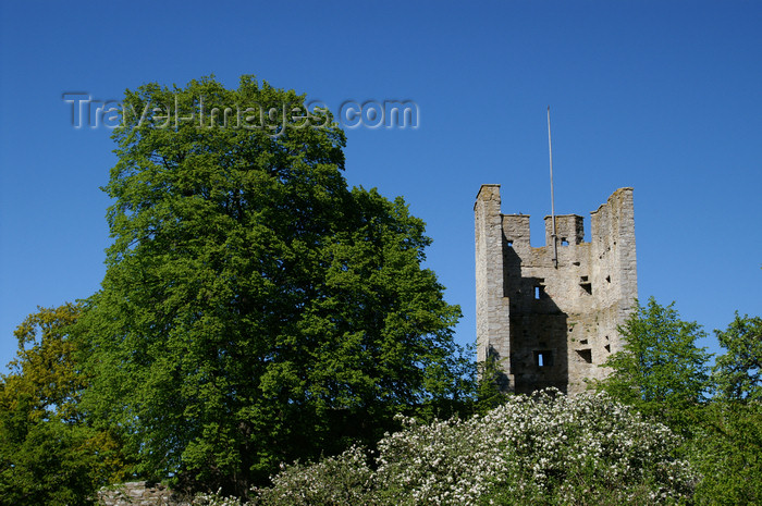 gotland82: Gotland - Visby: tower of the northern wall - ringwall of the old Hanseatic Town of Visby - photo by A.Ferrari - (c) Travel-Images.com - Stock Photography agency - Image Bank