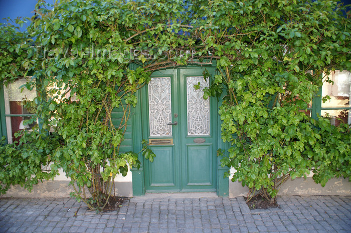 gotland93: Gotland - Visby: house entrance on Adelsgatan  - photo by A.Ferrari - (c) Travel-Images.com - Stock Photography agency - Image Bank