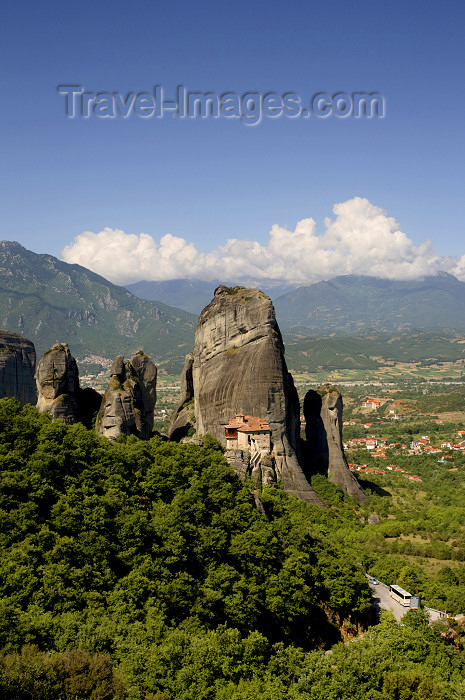 greece214: Greece - Meteora: Holy Monastery of Rousanou - UNESCO World Heritage Site - photo by A.Dnieprowsky - (c) Travel-Images.com - Stock Photography agency - Image Bank