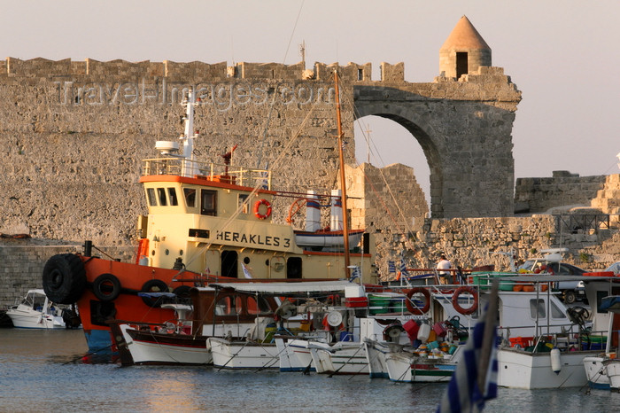 greece462: Greece - Rhodes island - Rhodes city - fishing boasts in the New Harbour - photo by A.Stepanenko - (c) Travel-Images.com - Stock Photography agency - Image Bank