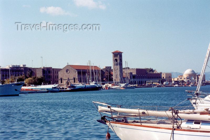 greece79: Greek islands - Rhodes - Rhodes town: the harbour (photo by Aurora Baptista) - (c) Travel-Images.com - Stock Photography agency - Image Bank