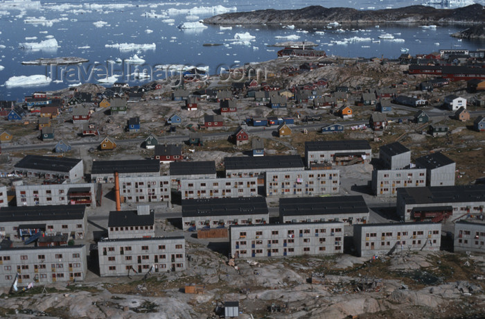 greenland48: Greenland - Ilulissat / Jakobshavn - blocksof modern flats replaced timber houses - in the background the hospital and Disko bay - photo by W.Allgower - (c) Travel-Images.com - Stock Photography agency - Image Bank