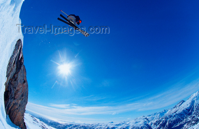 greenland85: Greenland, Apussuit: skier jumping off high ice cliff - photo by S.Egeberg - (c) Travel-Images.com - Stock Photography agency - Image Bank