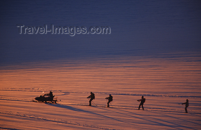 greenland88: Greenland, Apussuit: snowscooters pulling skiers on the snow - photo by S.Egeberg - (c) Travel-Images.com - Stock Photography agency - Image Bank