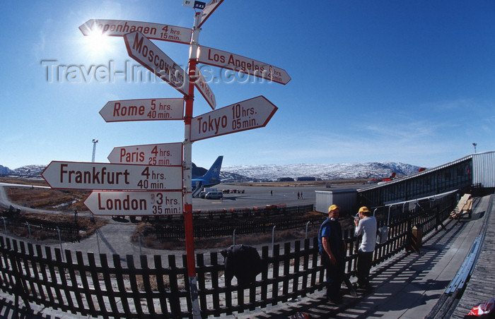 greenland96: Greenland, Sondre Stromfjod: Airport directions sign to the world - photo by S.Egeberg - (c) Travel-Images.com - Stock Photography agency - Image Bank