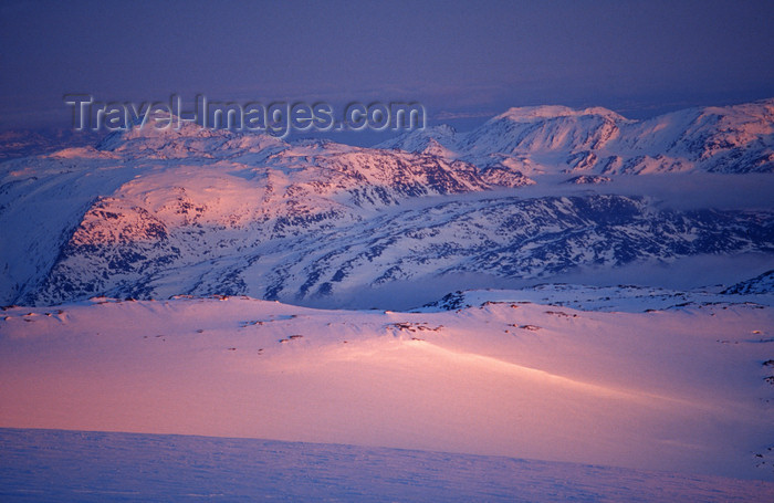 greenland97: Greenland, Apussuit: the glacier at midnight - photo by S.Egeberg - (c) Travel-Images.com - Stock Photography agency - Image Bank
