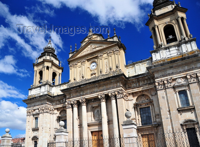 guatemala102: Ciudad de Guatemala / Guatemala city: Primatial Metropolitan Cathedral of St. James - seat of the Archbishop of Guatemala - Catedral metropolitana - facade - photo by M.Torres - (c) Travel-Images.com - Stock Photography agency - Image Bank