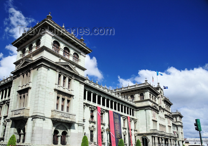 guatemala109: Ciudad de Guatemala / Guatemala city: National Palace of Culture - Palacio Nacional de la Cultura - monumental architecture at the center of the largest city in Central America- photo by M.Torres - (c) Travel-Images.com - Stock Photography agency - Image Bank
