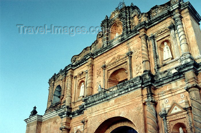 guatemala16: Guatemala - San Pedro Las Huertas: church / Iglesia en San Pedro Las Huertas (photographer: Hector Roldán) - (c) Travel-Images.com - Stock Photography agency - Image Bank