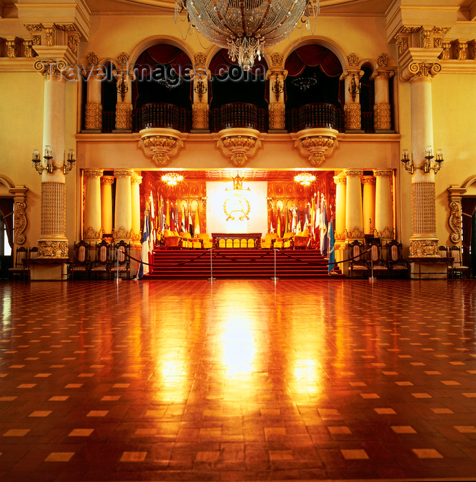 guatemala51: Guatemala - Guatemala City: Palacio National - hall for state receptions - Mudejar style - photo by W.Allgower - (c) Travel-Images.com - Stock Photography agency - Image Bank