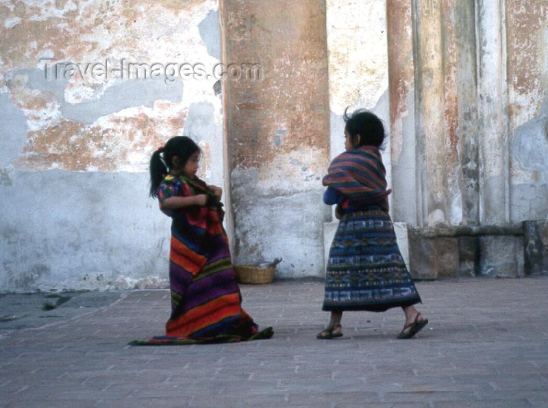guatemala8: Guatemala - Antiqua Guatemala (Sacatepequez province): girls playing outside the church (photographer: Mona Sturges) - (c) Travel-Images.com - Stock Photography agency - Image Bank