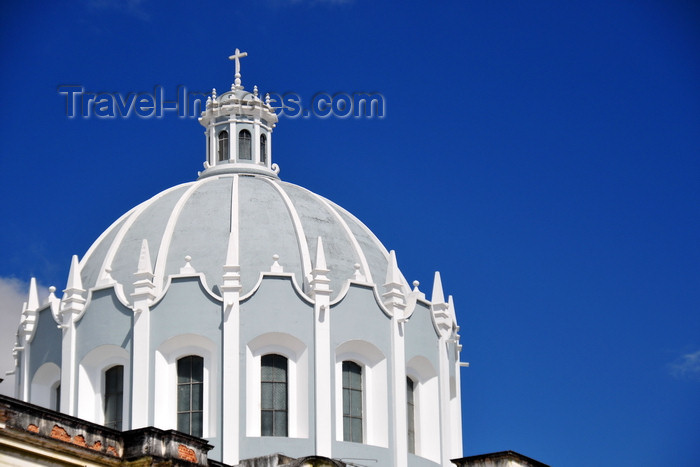 guatemala83: Ciudad de Guatemala / Guatemala city: dome of the Church of San Francisco - Iglesia de San Francisco - photo by M.Torres - (c) Travel-Images.com - Stock Photography agency - Image Bank
