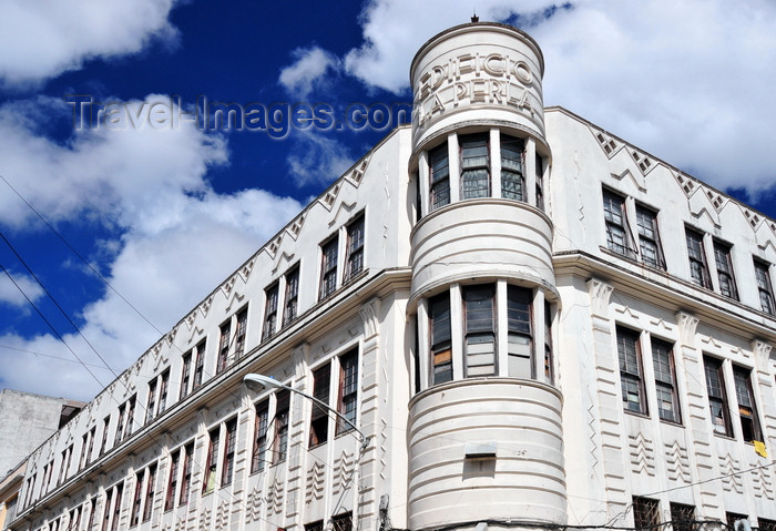 guatemala93: Ciudad de Guatemala / Guatemala city: La Perla building - Art Deco - architect Krebbs - 6a avenida - 9a calle - zona 1 - Edificio La Perla - photo by M.Torres - (c) Travel-Images.com - Stock Photography agency - Image Bank