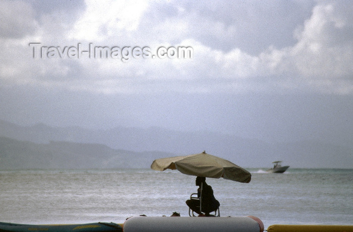 haiti1: Haiti - Labadee: Cloudy day at the beach - Caribbean (photo by Francisca Rigaud) - (c) Travel-Images.com - Stock Photography agency - Image Bank