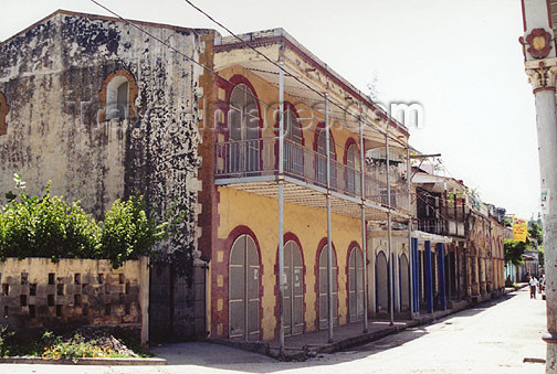 haiti19: Haiti - Jacmel: the old town (photo by G.Frysinger) - (c) Travel-Images.com - Stock Photography agency - Image Bank