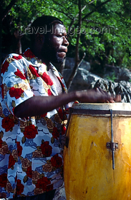 haiti31: Haiti - Labadee - drummer - photo by F.Rigaud - (c) Travel-Images.com - Stock Photography agency - Image Bank