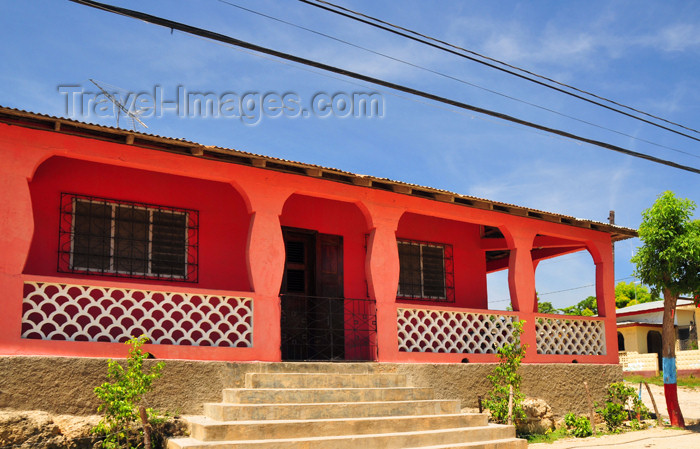haiti98: Fort-Liberté, Nord-Est Department, Haiti: pink house on the main street - Grande Rue - photo by M.Torres - (c) Travel-Images.com - Stock Photography agency - Image Bank