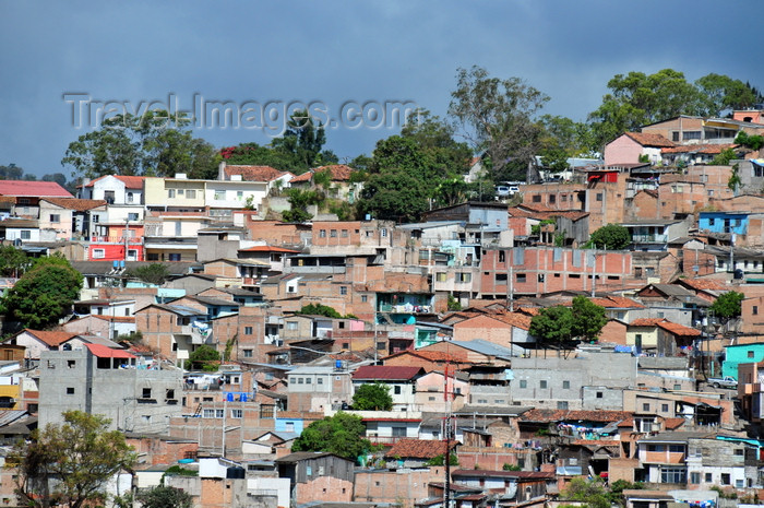 honduras19: Tegucigalpa, Honduras: slums around the edges of Tegus - Francisco Morazán department, Distrito Central - photo by M.Torres - (c) Travel-Images.com - Stock Photography agency - Image Bank
