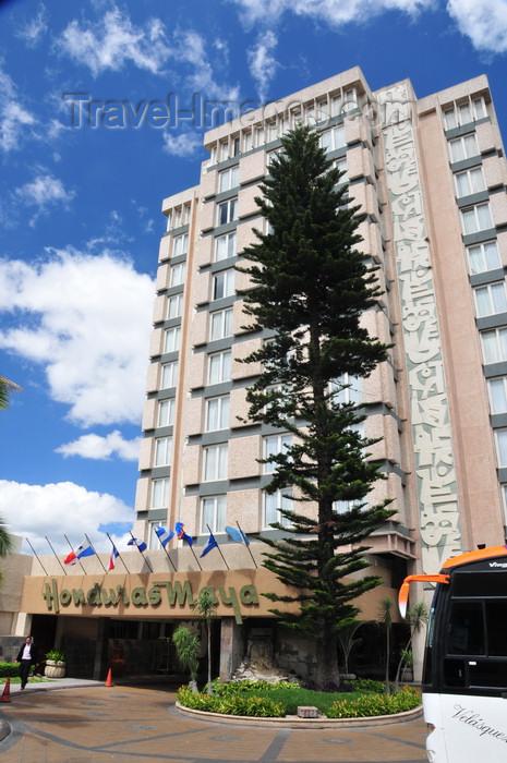honduras5: Tegucigalpa, Honduras: Hotel Honduras Maya - Colonia Palmira - Ave. Republica de Chile - photo by M.Torres - (c) Travel-Images.com - Stock Photography agency - Image Bank